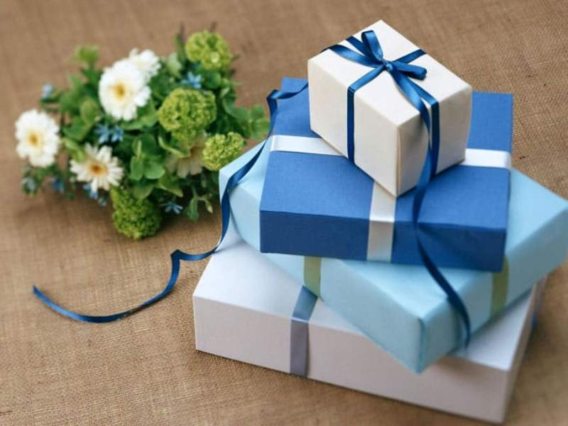 WONDERFUL AND EXCLUSIVE GIFTS FOR YOUR LOVED ONES